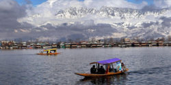 Dal-Lake-In-winter